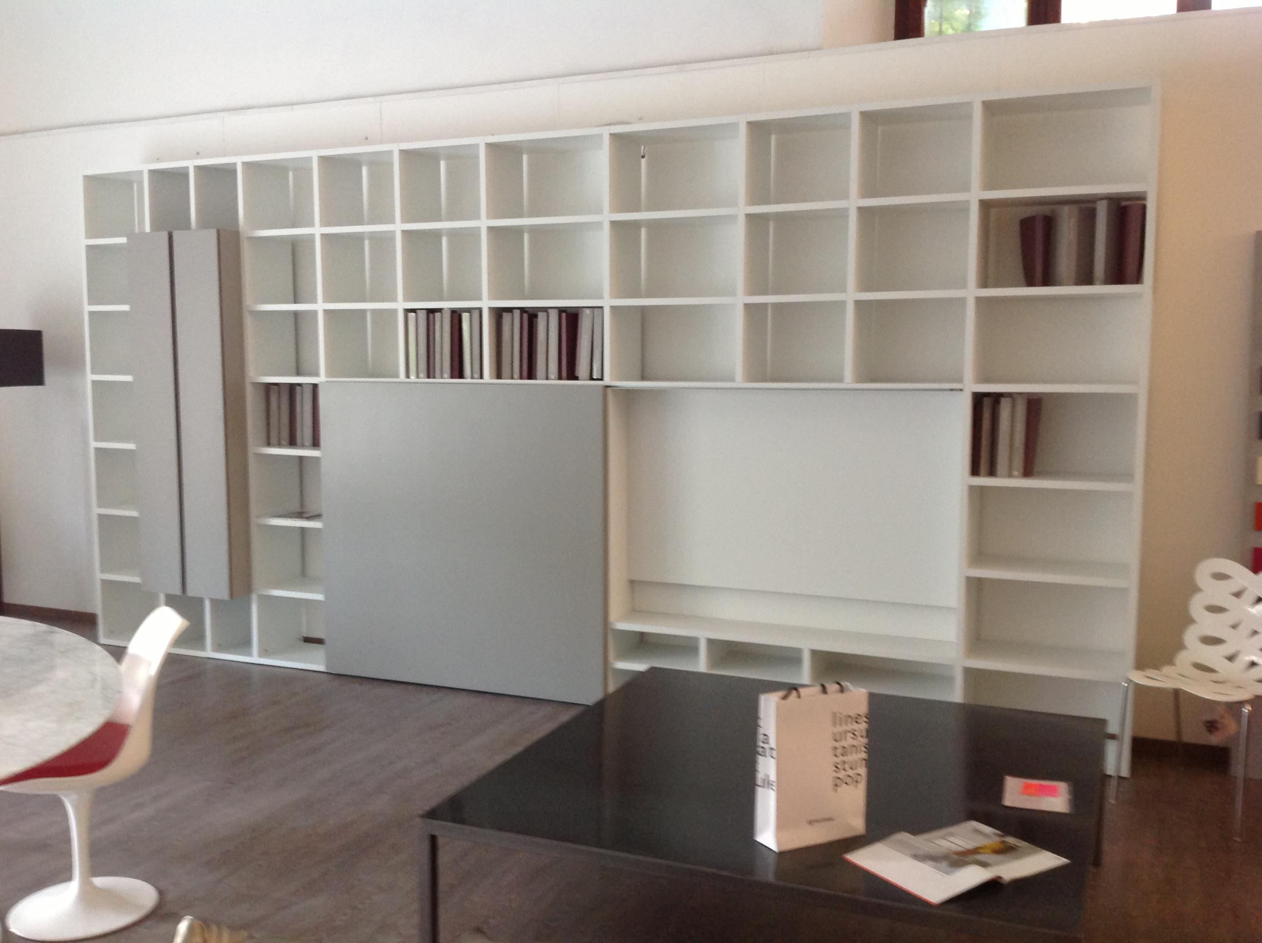 Sala e soggiorno for Libreria lema
